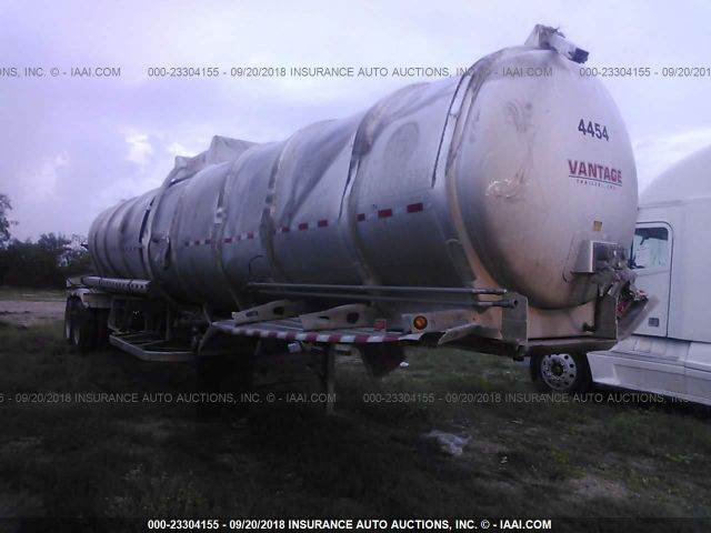click here to view 2015 VANTAGE DUMP TRAILERS TANK at IBIDSAFELY