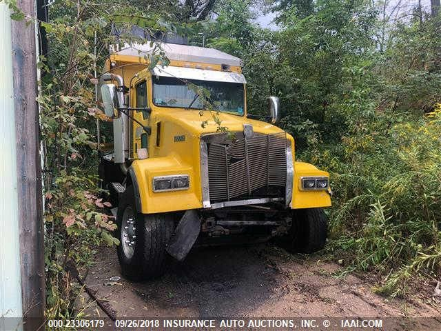 click here to view 2000 KENWORTH W900 at IBIDSAFELY