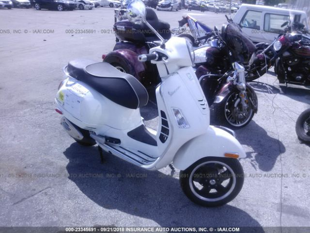 click here to view 2018 VESPA GTS at IBIDSAFELY