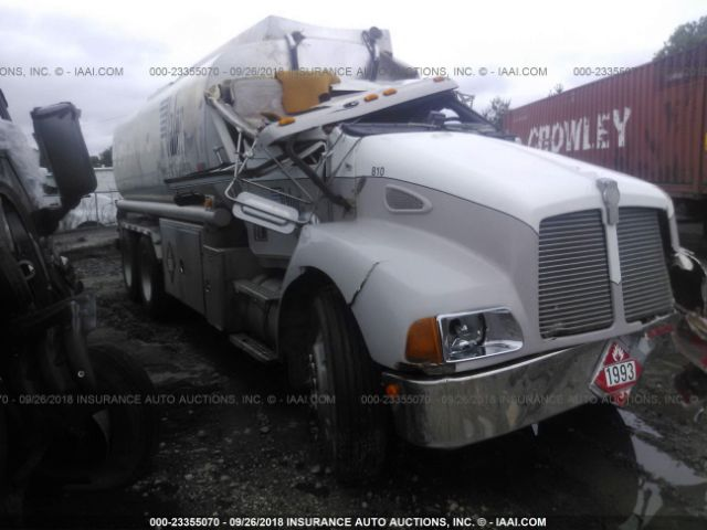 click here to view 1999 KENWORTH CONSTRUCTION at IBIDSAFELY