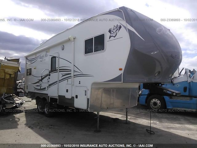click here to view 2013 NORTHWOOD ARCTIC FOX at IBIDSAFELY