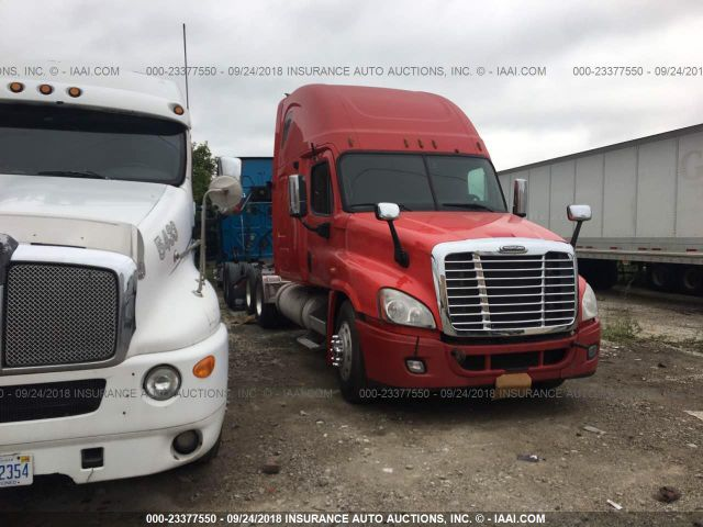 click here to view 2009 FREIGHTLINER CASCADIA 125 at IBIDSAFELY