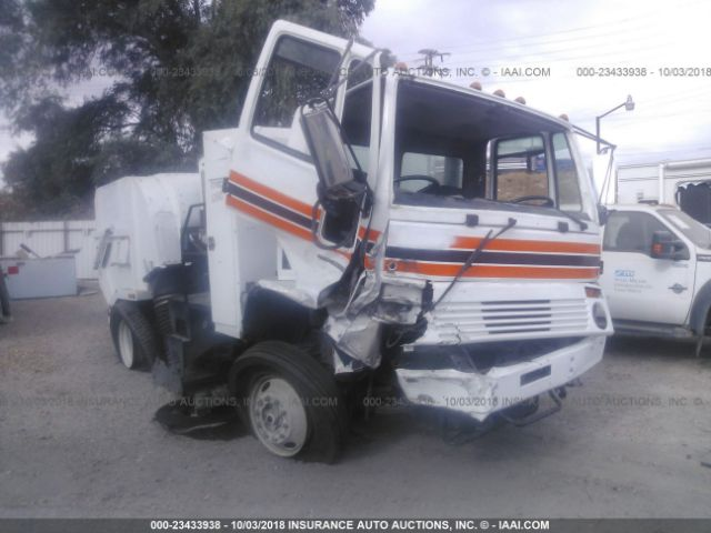 click here to view 2007 TYMCO SWEEPER at IBIDSAFELY