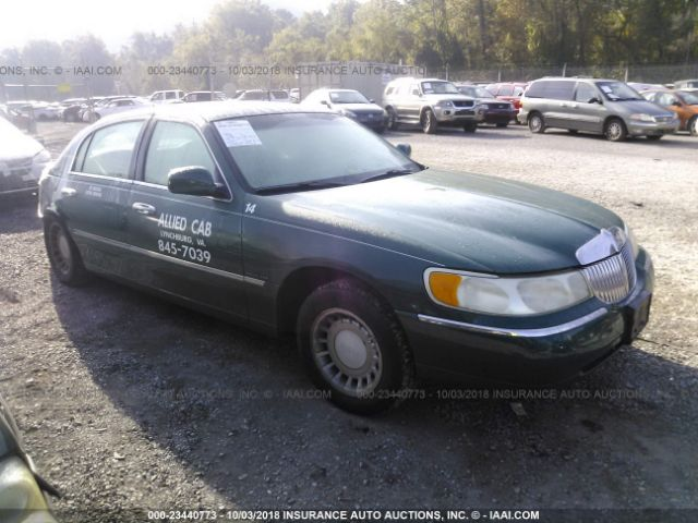 click here to view 2000 LINCOLN TOWN CAR at IBIDSAFELY