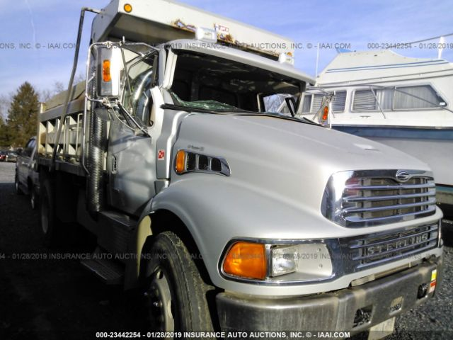 click here to view 2002 STERLING TRUCK M8500 at IBIDSAFELY