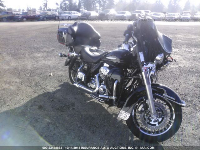 click here to view 2011 HARLEY-DAVIDSON FLHTK at IBIDSAFELY