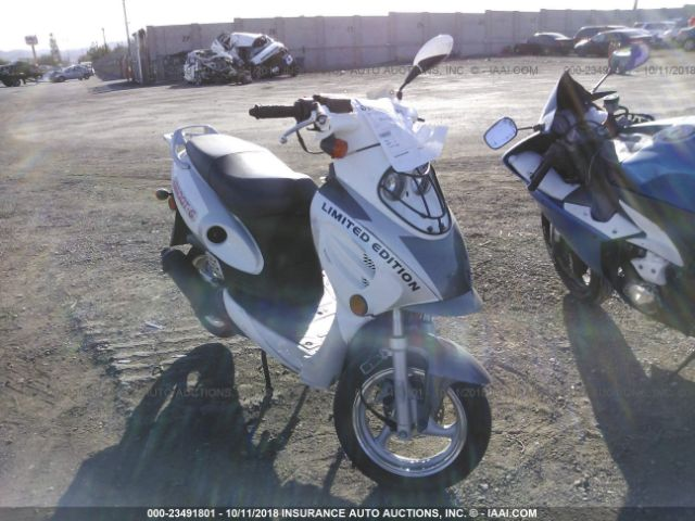 click here to view 2015 YIBEN SCOOTER at IBIDSAFELY