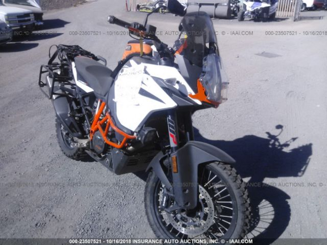 click here to view 2017 KTM 1090 at IBIDSAFELY