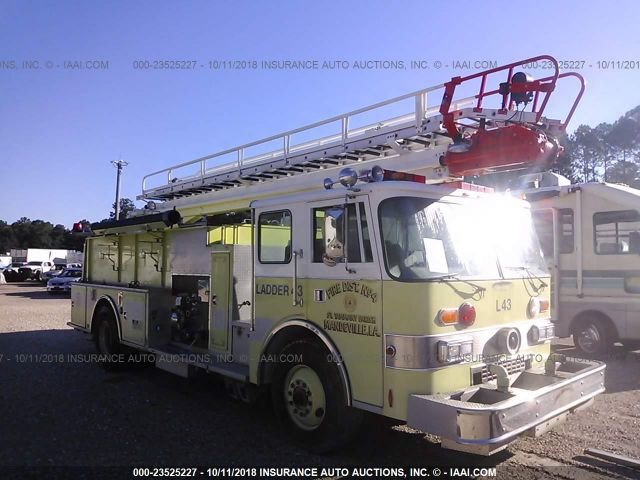 PIERCE MFG. INC. FIRETRUCK