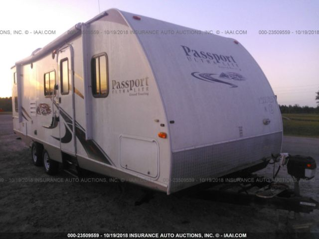 click here to view 2011 PASSPORT ULTRALITE GRAND TOURING at IBIDSAFELY