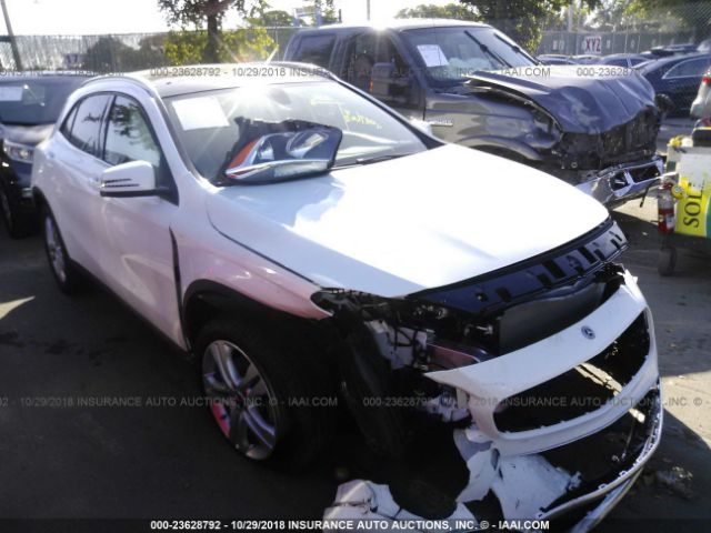 click here to view 2018 MERCEDES-BENZ GLA at IBIDSAFELY