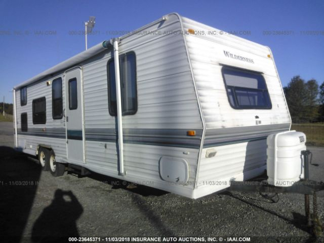 click here to view 1998 FLEETWOOD WILDERNESS at IBIDSAFELY