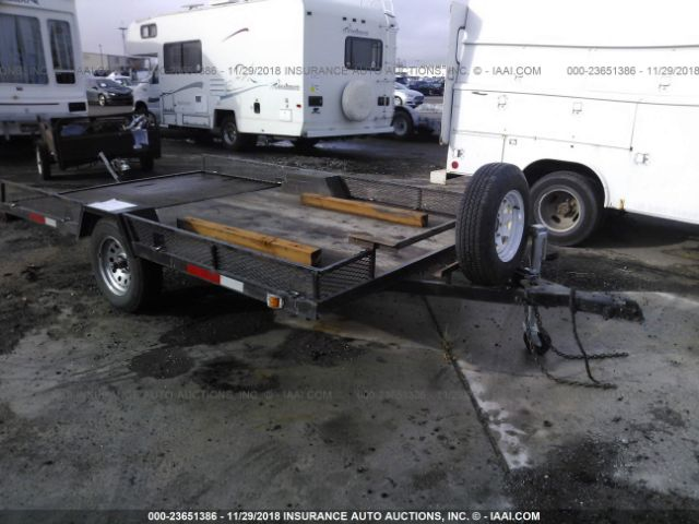 click here to view 2005 SPCN FLATBED TRAILER at IBIDSAFELY