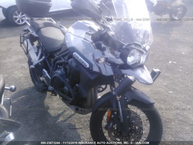 TRIUMPH MOTORCYCLE TIGER