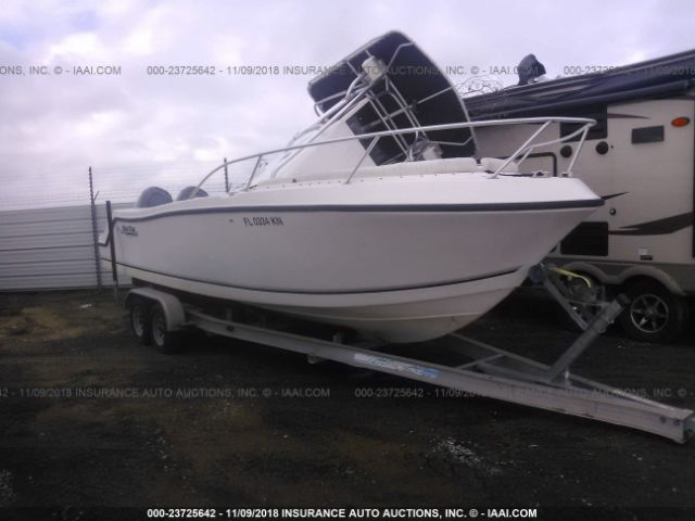 click here to view 1998 MAKO 252CC AND TRAILER at IBIDSAFELY
