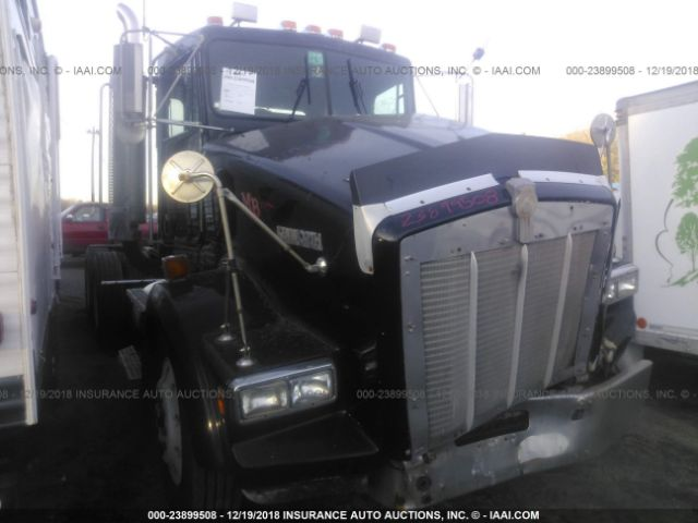 click here to view 1994 KENWORTH CONSTRUCTION at IBIDSAFELY