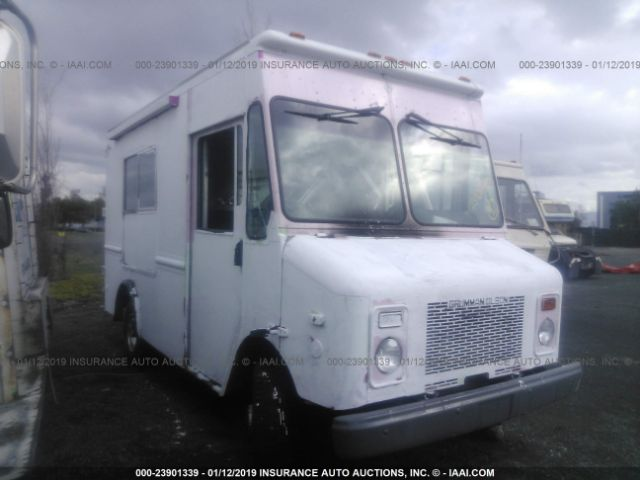 click here to view 2002 WORKHORSE CUSTOM CHASSIS FORWARD CONTROL CHASSIS at IBIDSAFELY