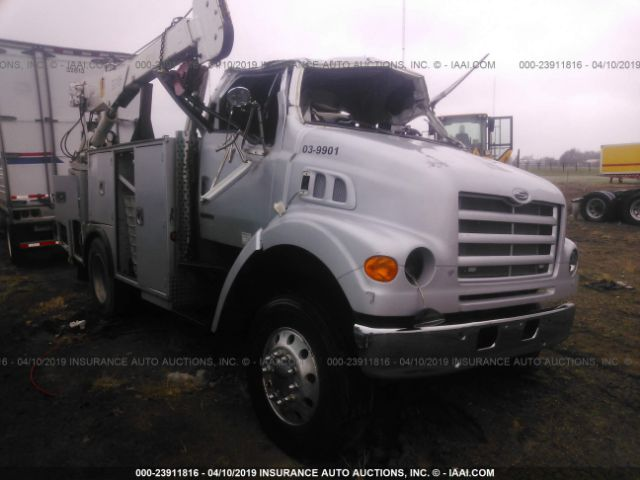 click here to view 1999 STERLING TRUCK L7501 at IBIDSAFELY