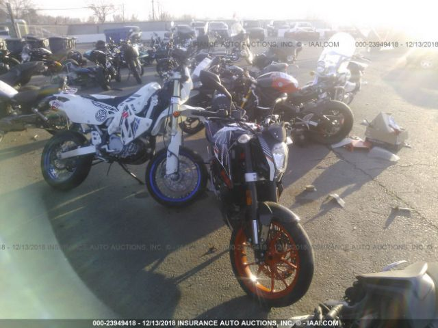 click here to view 2016 KTM RC 390 at IBIDSAFELY