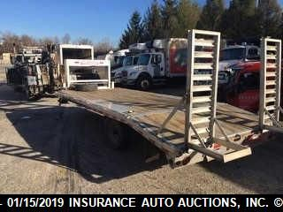 click here to view 2010 TRAILER FLATBED at IBIDSAFELY