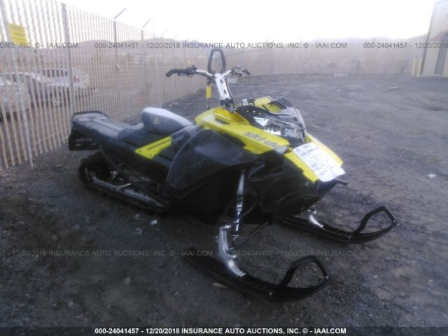 click here to view 2017 SKIDOO 850CC at IBIDSAFELY