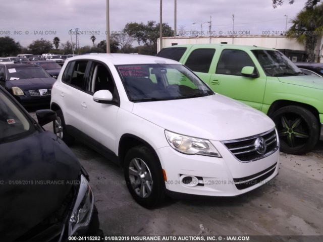 click here to view 2010 VOLKSWAGEN TIGUAN at IBIDSAFELY