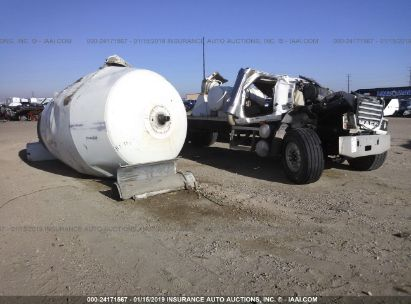 Salvage 2001 MACK 500 for sale