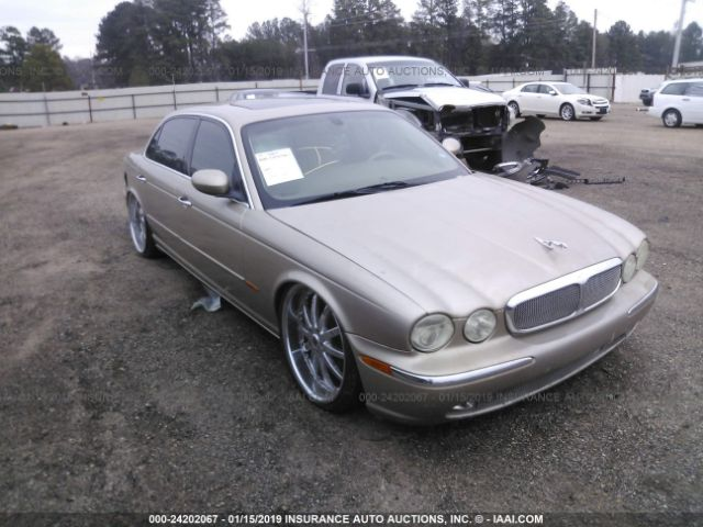 click here to view 2005 JAGUAR XJ8 at IBIDSAFELY