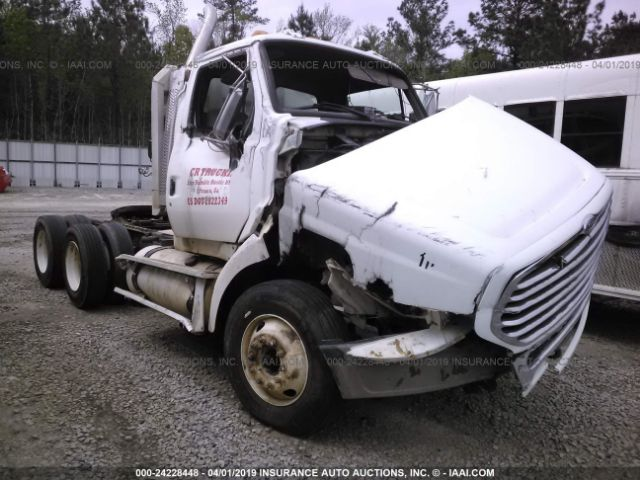 click here to view 2005 STERLING TRUCK A9500 at IBIDSAFELY