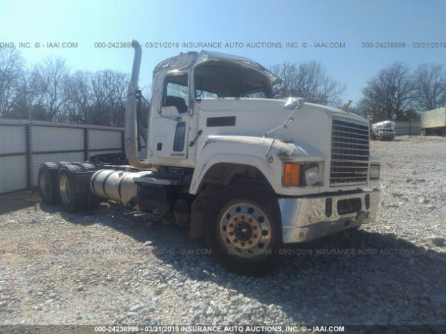 click here to view 2016 MACK CHU613 at IBIDSAFELY