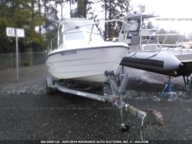 click here to view 1997 BAYLINER TROPHY at IBIDSAFELY
