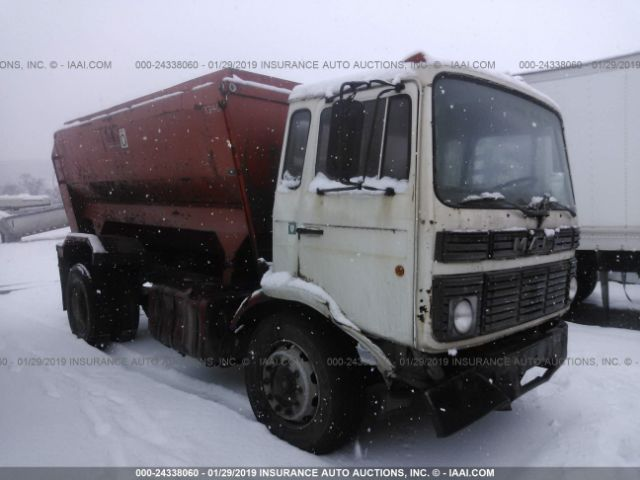 click here to view 1988 MACK MS200 at IBIDSAFELY