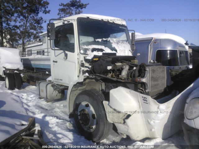 click here to view 2011 HINO 268 at IBIDSAFELY