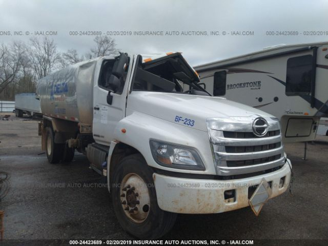 click here to view 2017 HINO HINO 338 at IBIDSAFELY