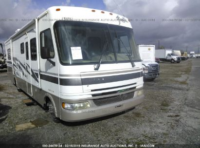 Salvage 2004 WORKHORSE CUSTOM CHASSIS MOTORHOME CHASSIS for sale