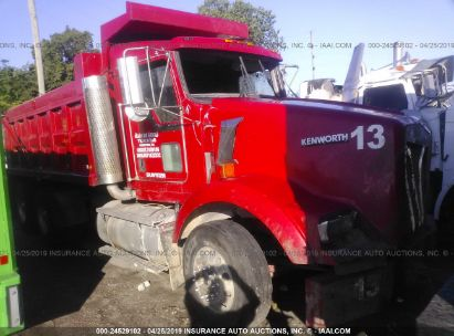 Salvage 2004 KENWORTH T800 for sale