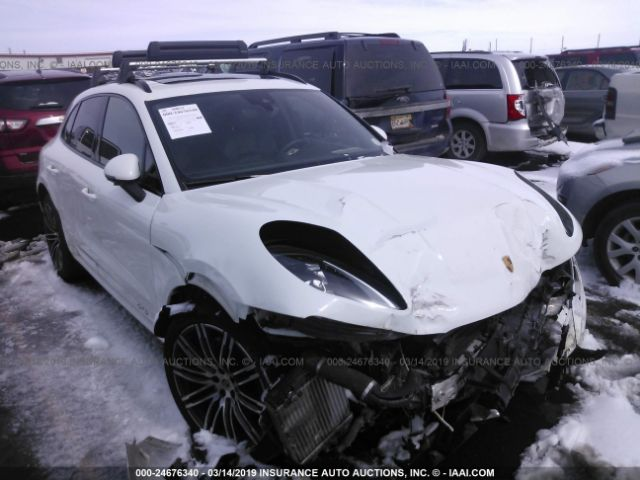 click here to view 2017 PORSCHE MACAN at IBIDSAFELY