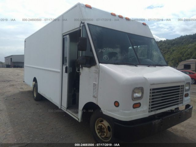 2006 FORD BOX TRUCK - Small image. Stock# 24693500