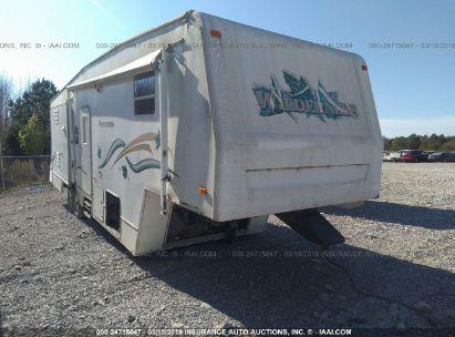 Salvage 2000 FLEETWOOD WILD for sale