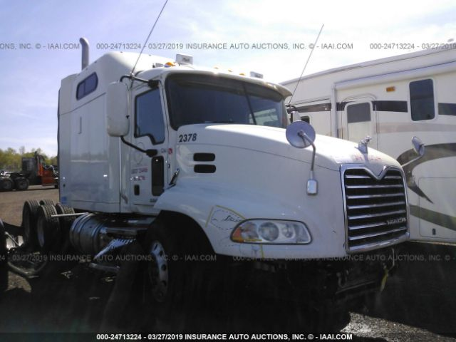 click here to view 2015 MACK CXU613 at IBIDSAFELY