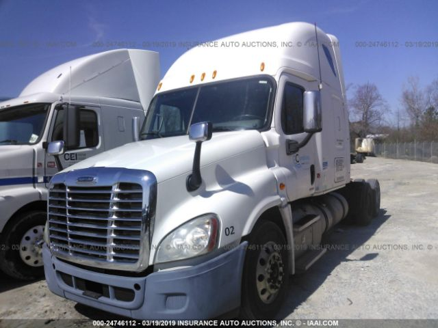 Salvage Title 2012 Freightliner Cascadia 125 4 8L For Sale