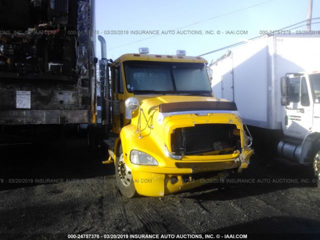 click here to view 2007 FREIGHTLINER COLUMBIA at IBIDSAFELY