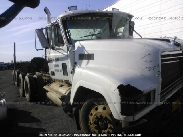 click here to view 1998 MACK 600 at IBIDSAFELY