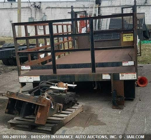 click here to view 2005 WALTCO BED 363BT at IBIDSAFELY