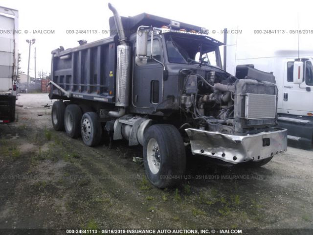 click here to view 2005 PETERBILT 335 at IBIDSAFELY