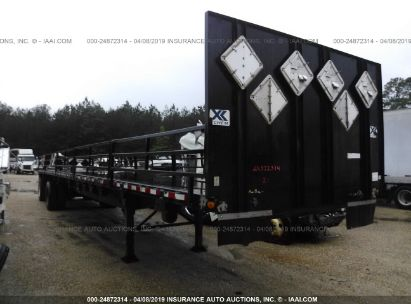 Salvage 2013 UTILITY TRAILER MFG FLATBED for sale