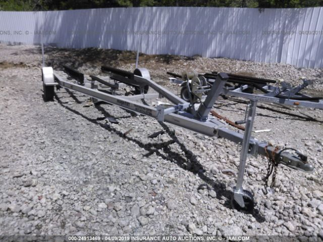 click here to view 2002 MAGIC TILT BOAT TRAILER BOAT TRAILER at IBIDSAFELY