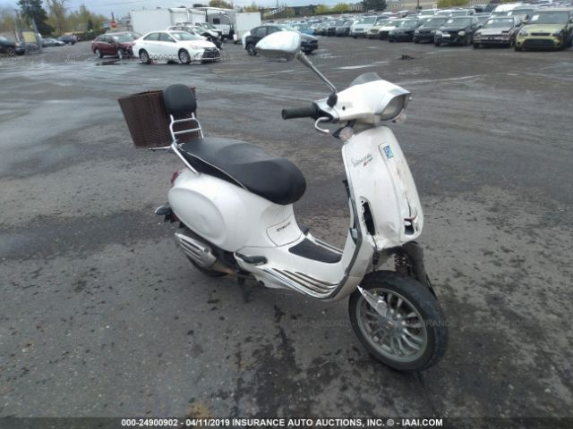 click here to view 2017 Vespa Sprint at IBIDSAFELY