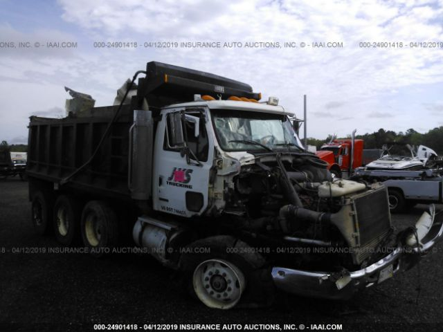 click here to view 2003 STERLING TRUCK L9500 at IBIDSAFELY