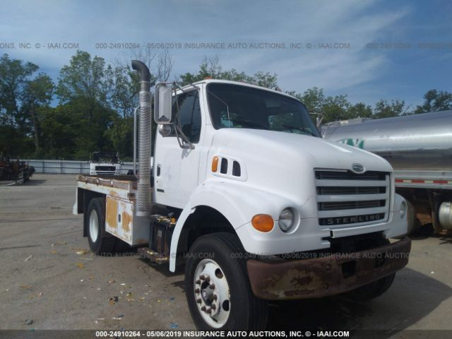 click here to view 2001 STERLING TRUCK L at IBIDSAFELY